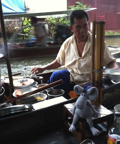Lunch on the river.....floating market
